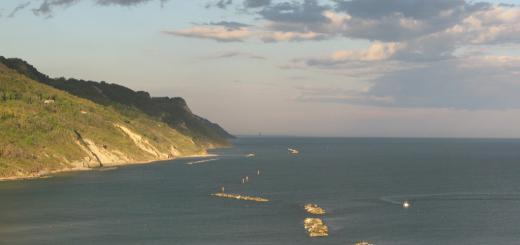 Panorama mattutino dalla Baia Flaminia