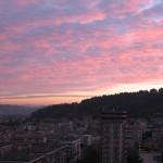 Giochi di nuvole e colori al tramonto in Baia Flaminia