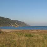 Spiaggia mare e monte San Bartolo