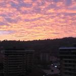 Effetto nuvole e tramonto nel cielo della Baia Flaminia