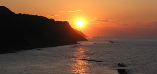 Il primo tramonto sul mare del 2015
